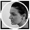 Anna Davies Van Es face